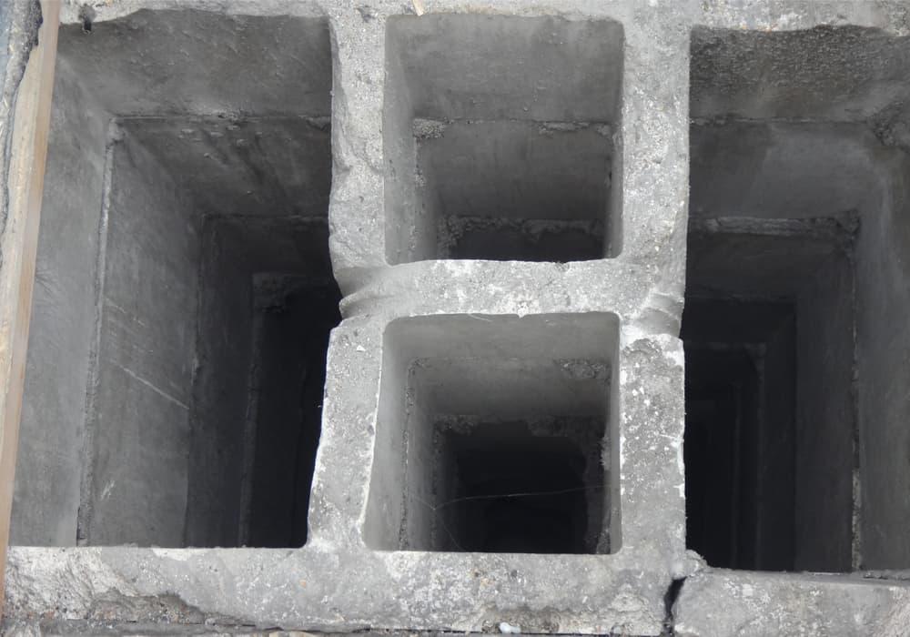 Abluftstrang Hauptschacht Nebenschacht vor der Sanierung Beschichtung