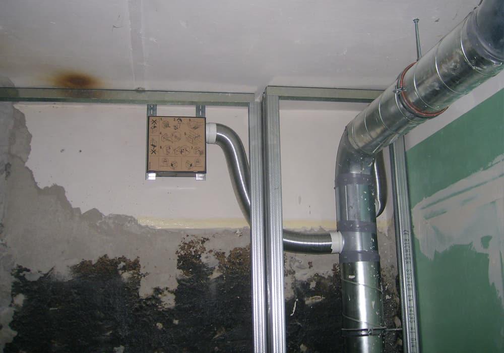 Aufbau Luftungsanlagen im Zuge einer Strangsanierung