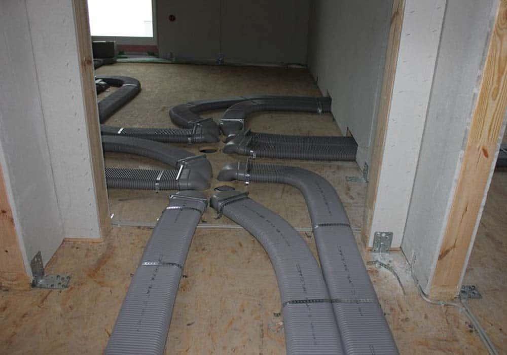 Kontrollierte Wohnraumlüftung KWL im Privatbereich Rohinstallation Kanäle